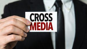 Cómo elaborar una campaña de Cross Media Advertising